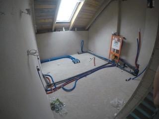 hydraulika na podłodze